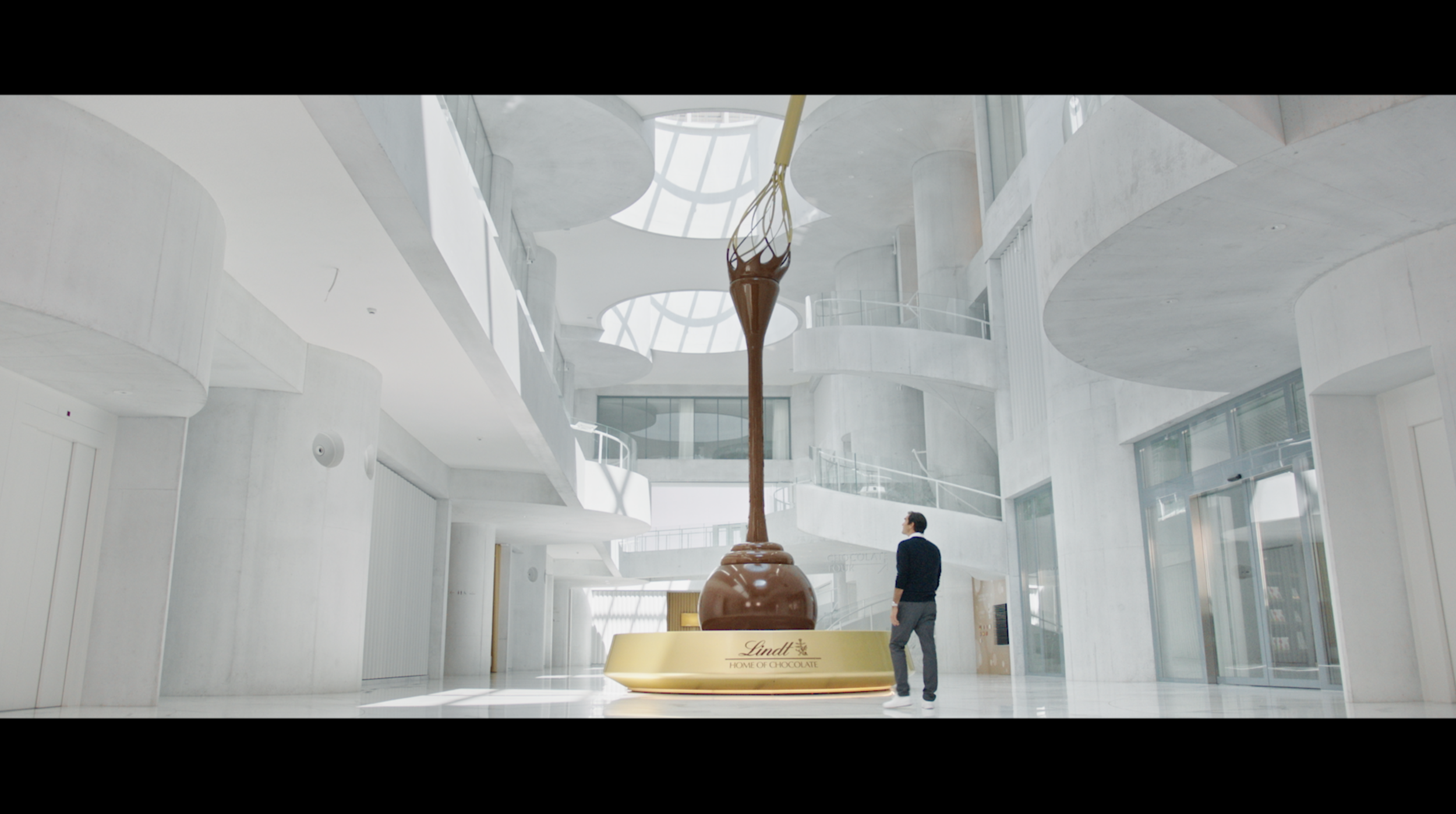 LINDT – HOME OF CHOCOLATE